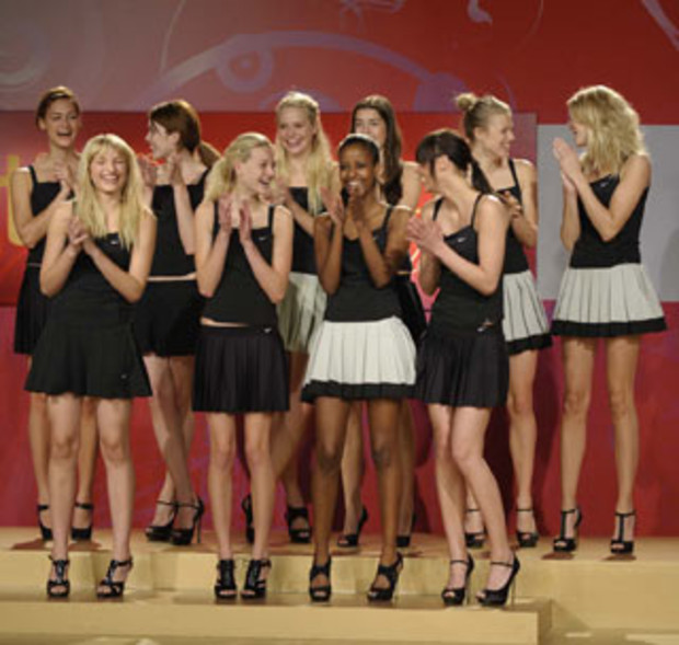 AV5-germanys-next-topmodel-2009