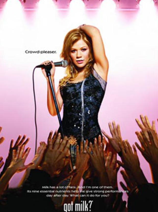 kelly-clarkson-got-milk2