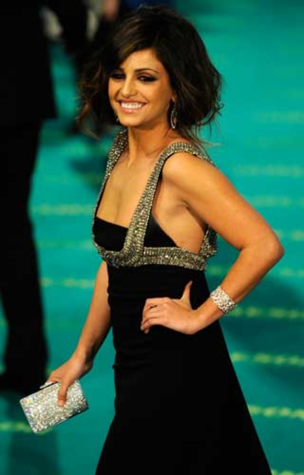 penelope-cruz-goya-award-oscar-monica-cruz