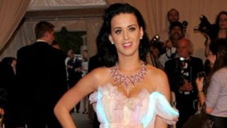 katy-perry-katy-perry-schiest-ihren-lover-ins-all-09062010