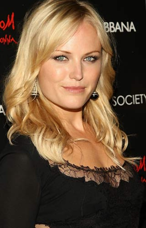 Malin-Akerman-Actress-The-Watchmen-AV1
