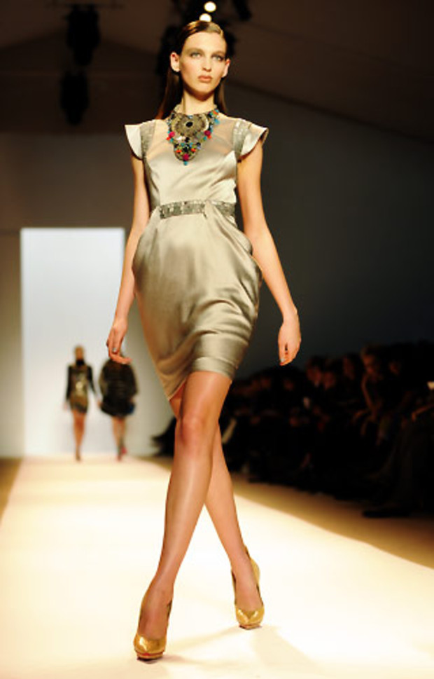 matthew-williamson-kleid