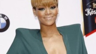 rihanna-rihannas-party-dilemma-28072010