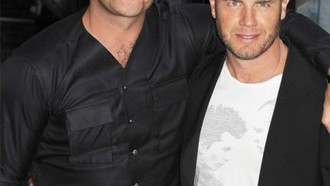 robbie-williams-robbie-williams-und-gary-barlow-26082010