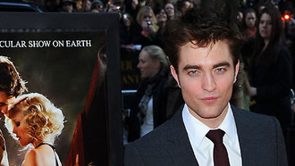 "Robert Pattinson küsst Kristen Stewart: ""Water for Elephants""-Premiere"