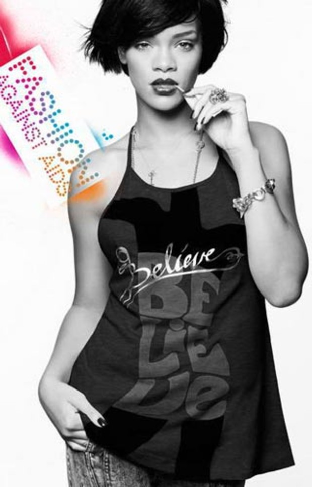 rihanna-h-m-fashion-against-aids